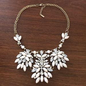 Light pink, silver statement necklace